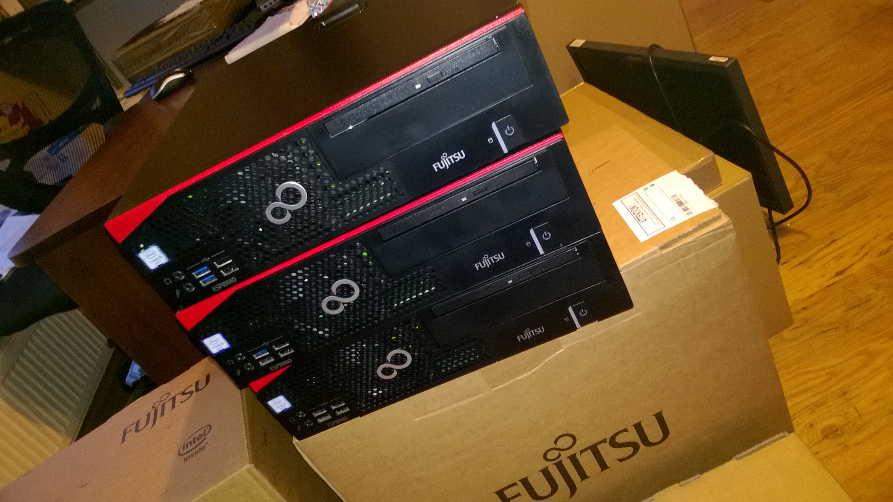 KOMPUTERY FUJITSU nowe i poleasingowe sklep komputerowy stalowa wola sandomierz tarnobrzeg kraśnik janów lubelski biłgoraj
