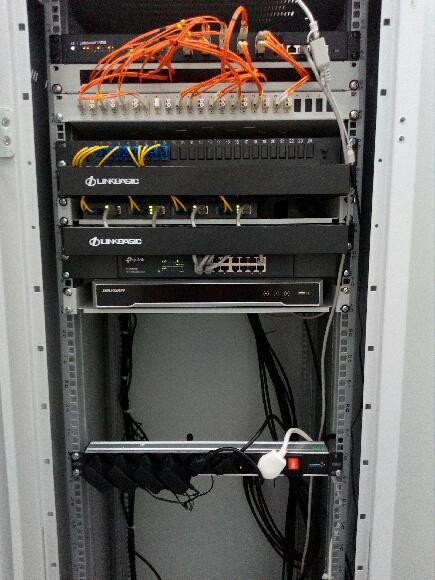 Wykonanie sieci komputerowej SZKOŁA KATOLICKA Stalowa Wola - sieci komputerowe infomech stalowa wola