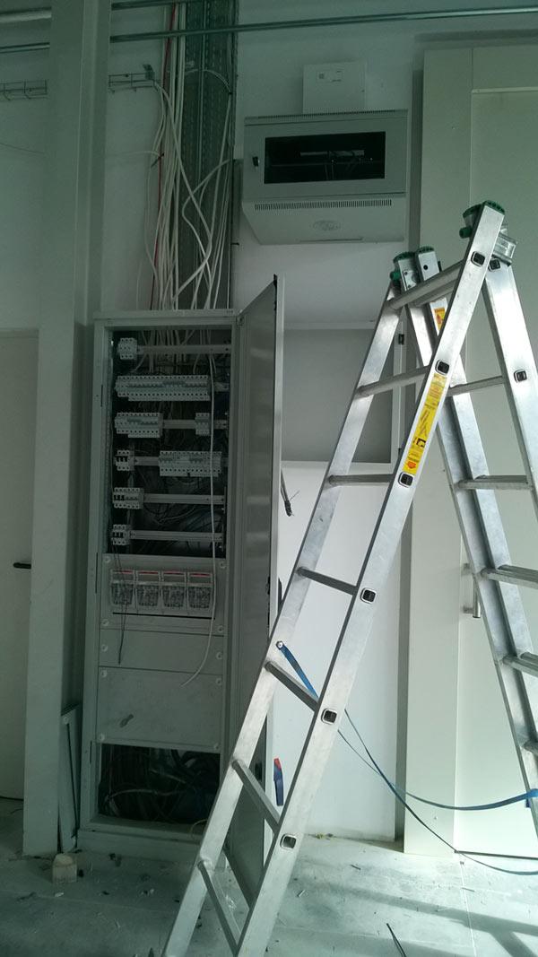 monitoring-alarmy-kontrola-dostępu-domofon-infomech-satel-hikvision-krasnik-kolbuszowa-elektroinstalacje--(1)